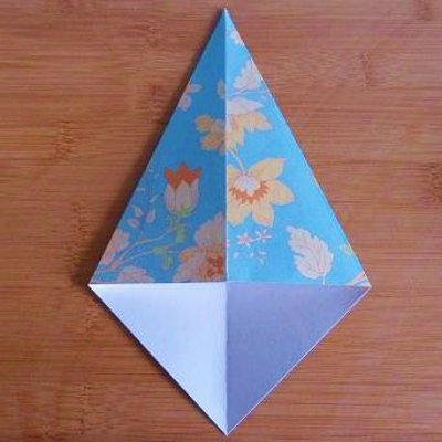 Making a folded diamond shape for shoe origami paper folding