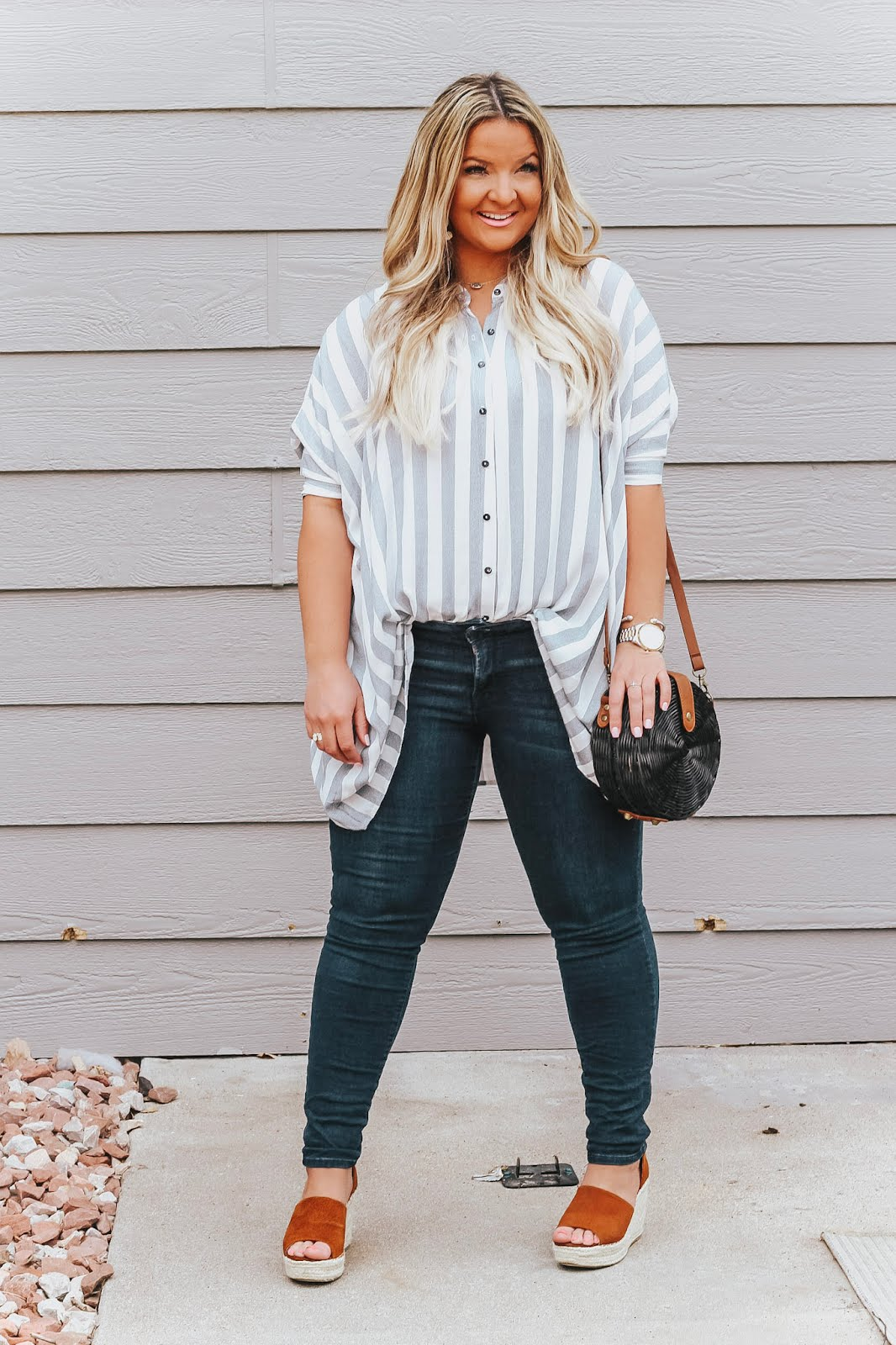 over sized boyfriend button up plus my Essential Makeup Products featured by popular Denver fashion blogger, Delayna Denaye