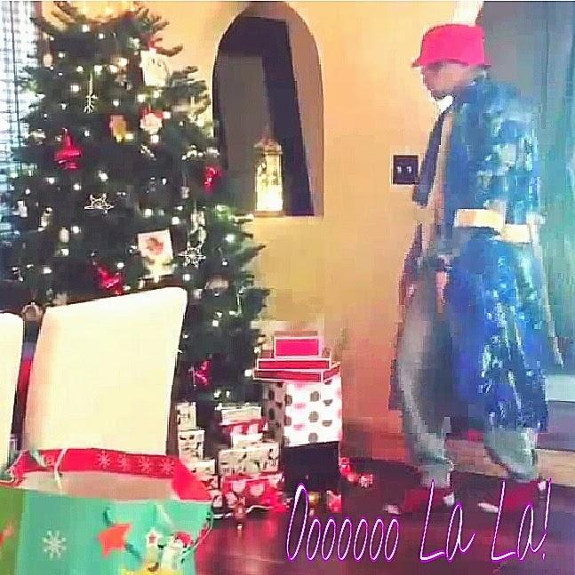 Chris Brown This Christmas.Chris Brown Starts Christmas Challenge Dance Off On