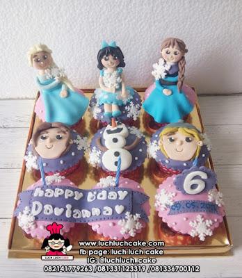 Cupcake Ulang Tahun Anak Tema Frozen