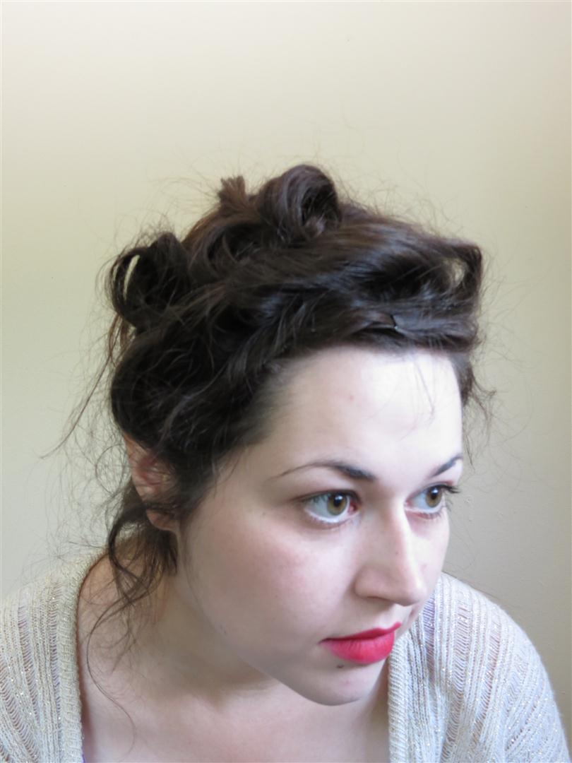 Gibson girl hair tutorial a more elaborate version black and at this point the style was finished and i had to laugh because wtf i somehow deflated my front pouf the pincurls were sticking up all over baditri Gallery