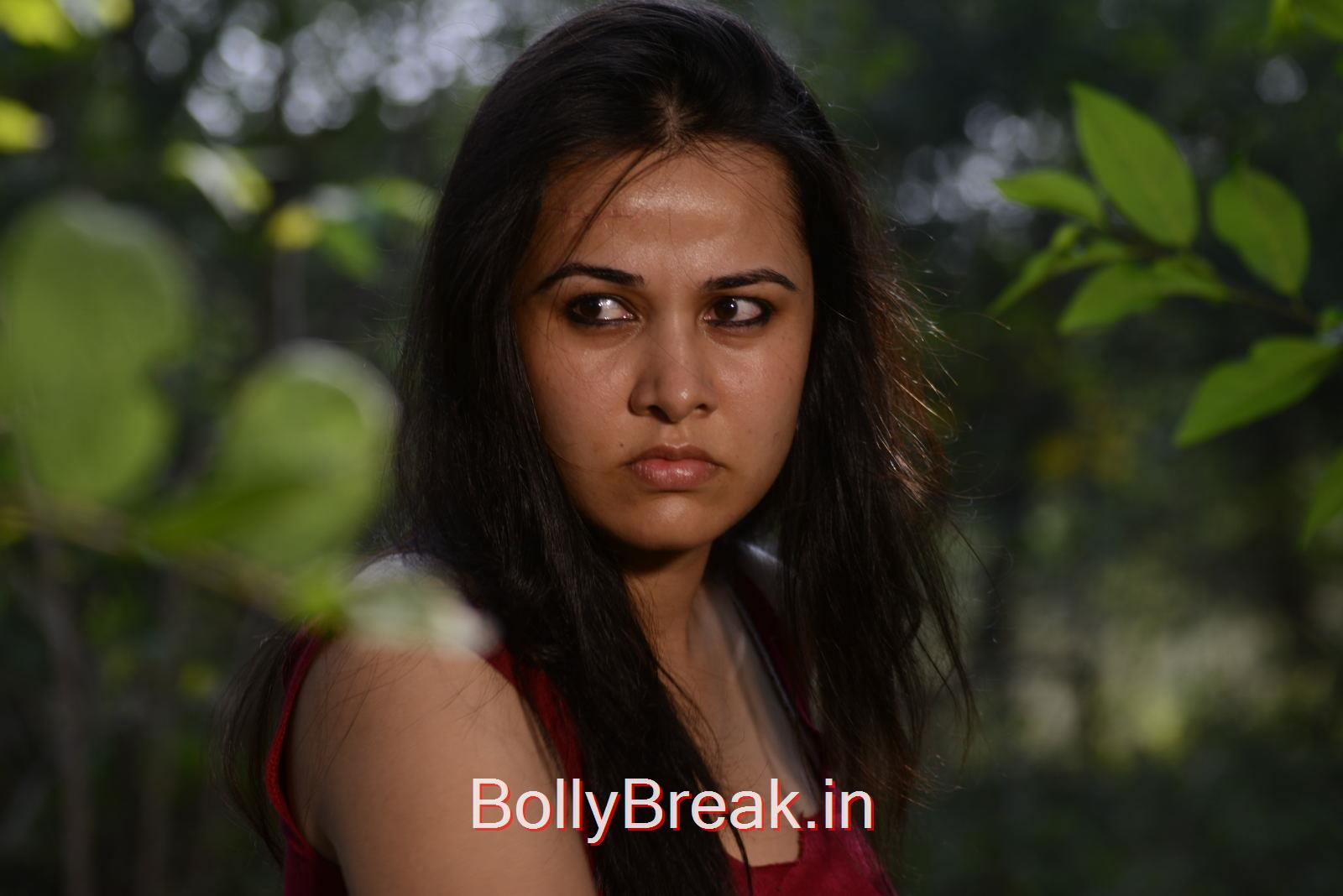 Nisha Kothari Photo Gallery with no Watermarks, Nisha Kothari Hot HD Images From Criminals Movie