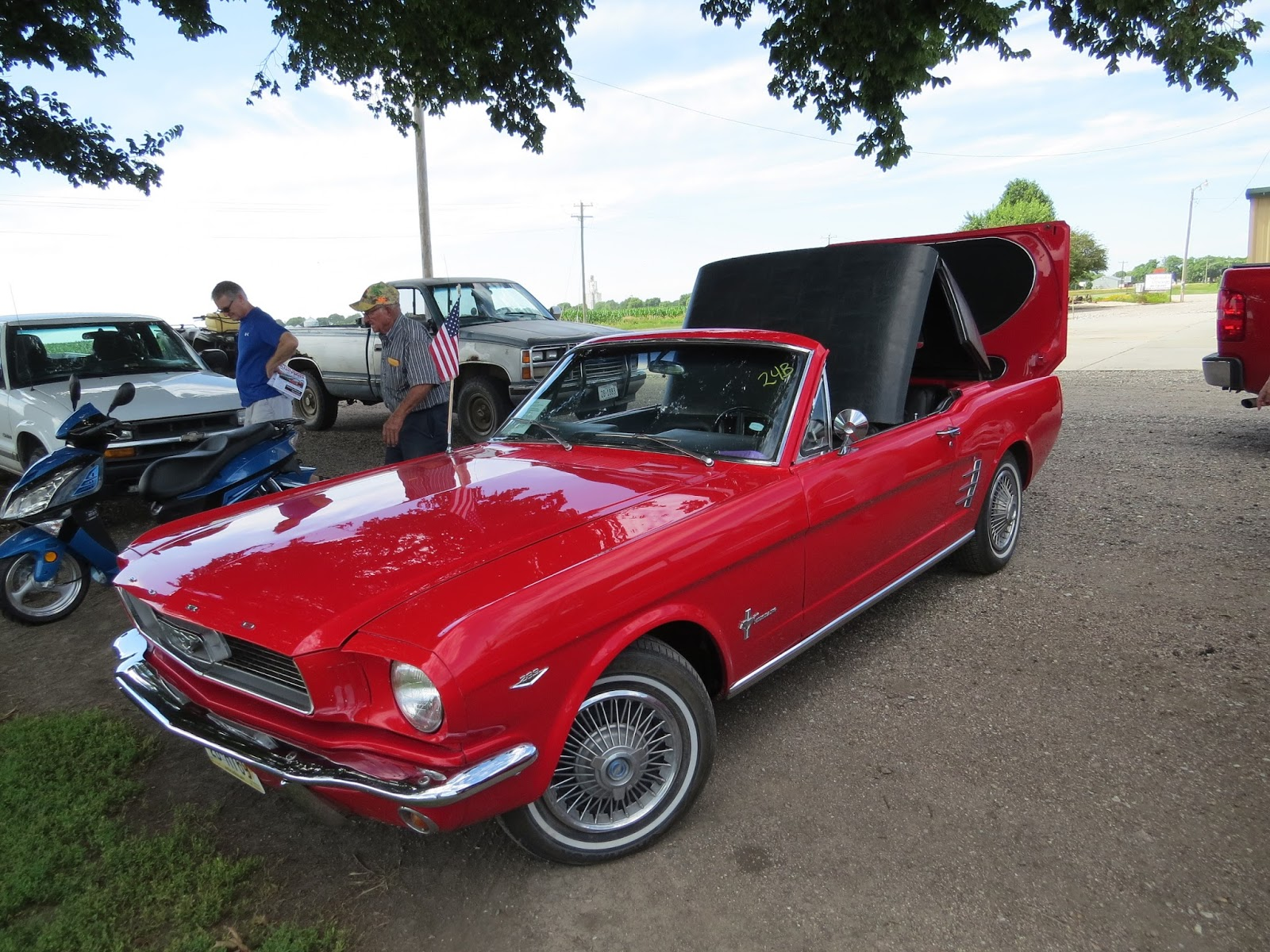 Mustang hardtop convertible prototype to be auctioned