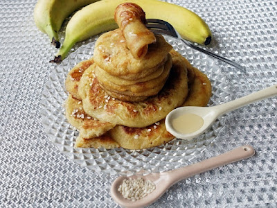 Placuszki chałwowe z bananem (z pastą tahini)