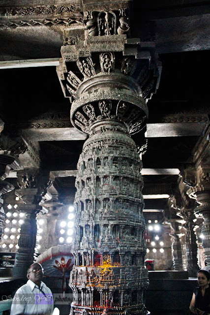 Here you can see the scale of Narasimha Pillar, infront of people.