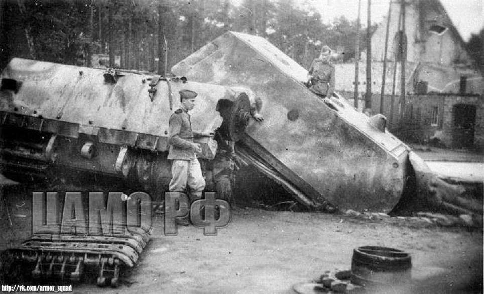 World war ii in pictures maus panzer viii tank for How many homes were destroyed in germany in ww2