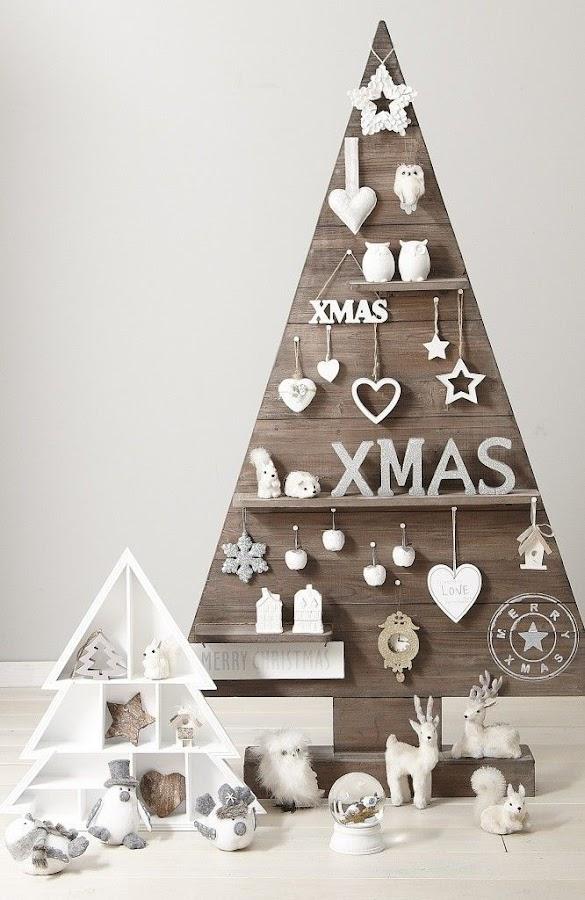 árbol de Navidad original con madera