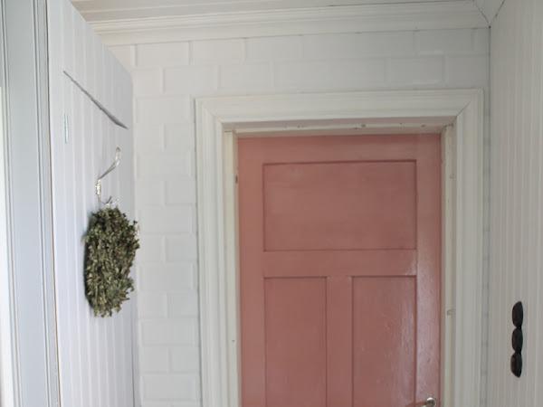 Kylpyhuoneen ovi