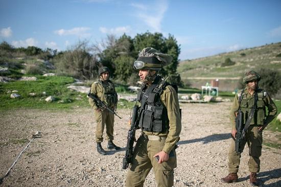 الجيش الاسرائيلى يقتل فلسطينى ويصيب سبعة شرق مخيم جباليا