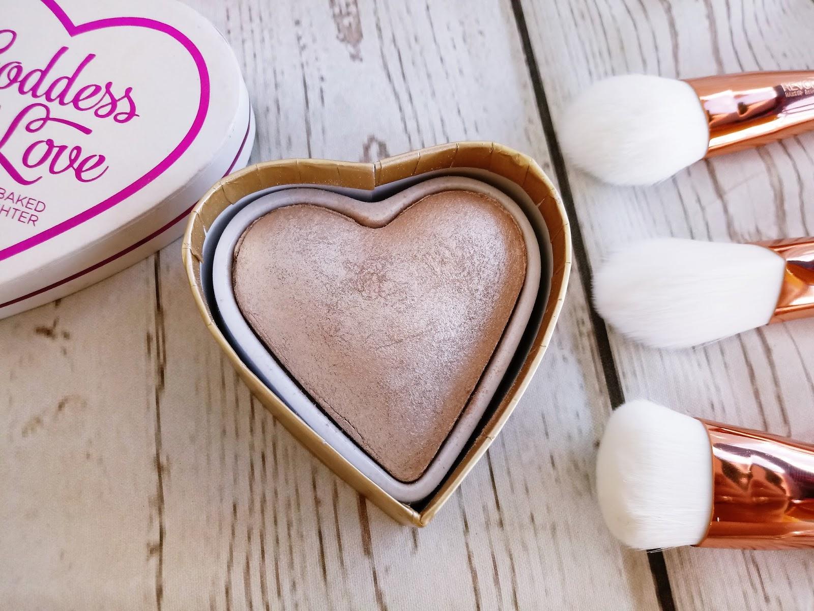 Makijaż z I HEART MAKEUP /Czekoladka, serduszko i pomadka w płynie molten chocolate/ wraz z pędzlami ULTRA METALS - MakeUP REVOLUTION- #2