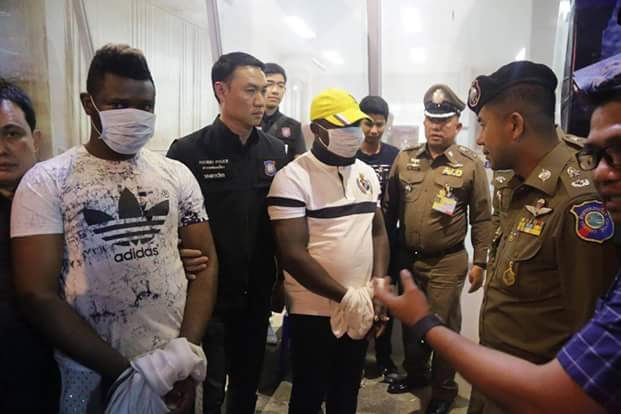 """Photos: Two Nigerian """"romance scammers"""" preying on gullible Thai women on Facebook, arrested in Bangkok"""