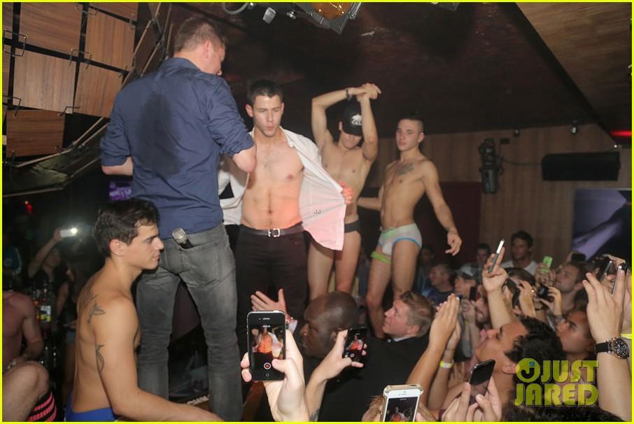 Club Pittsburgh Gay 41