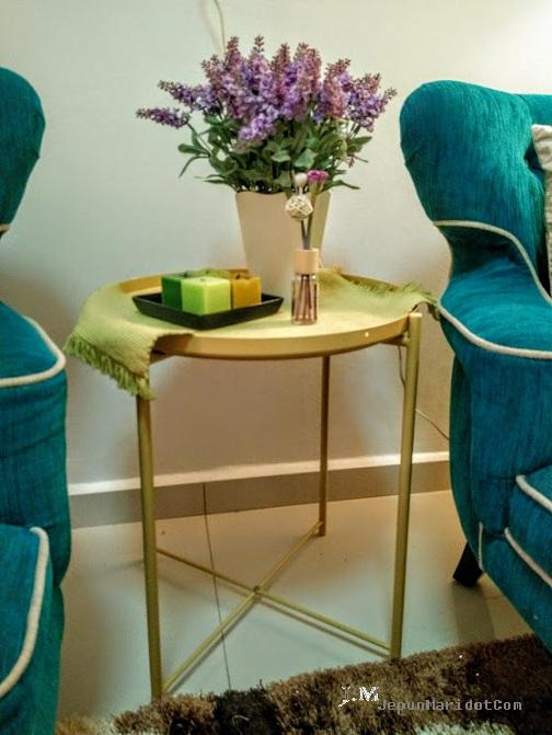 Deko rumah minimalis - tray table Ikea
