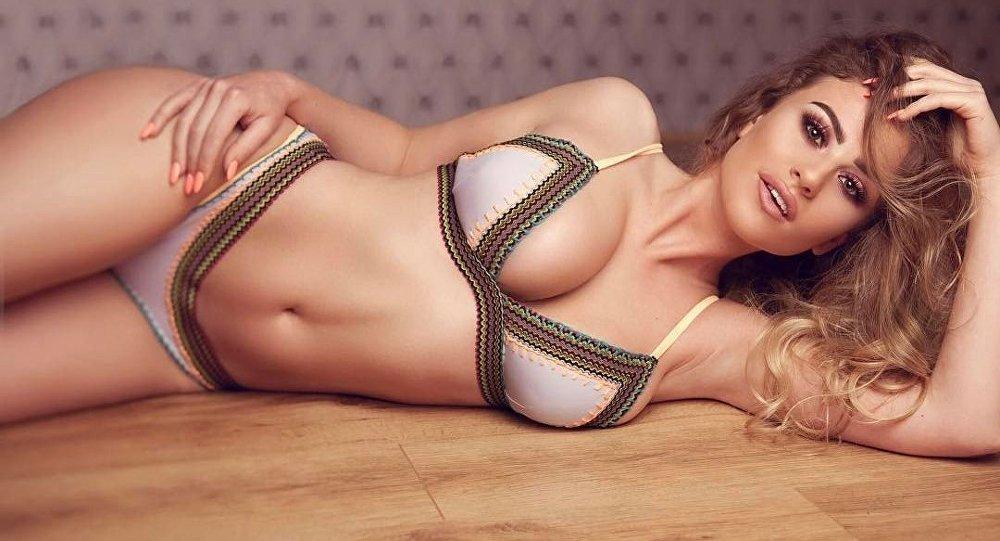 Chloe Ayling người mẫu cực sexy