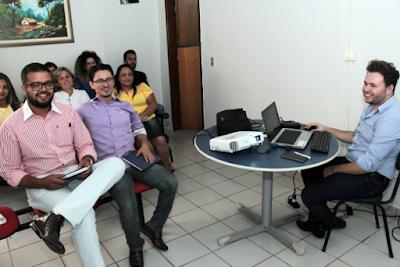 Fiscais de arrecadação da prefeitura recebem treinamento de sistema SIGFácil