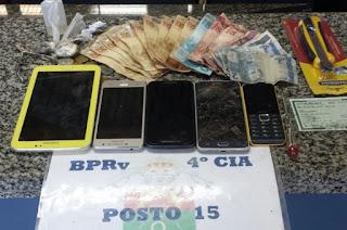 http://vnoticia.com.br/noticia/1340-policia-prende-duas-jovens-que-praticavam-furtos-no-comercio-de-sfi
