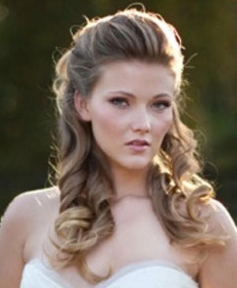 44 Gorgeous Half Up Half Down Hairstyles: 47 Beautiful Half Up Half Down Hairstyles With Bangs