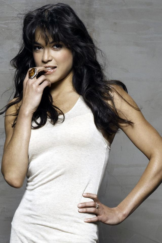 hot sexy naked pic michelle rodriguez