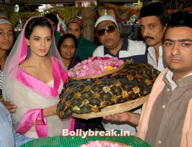 Kangna Ranaut in pink white suit/chunni at ajmer sharif, Kangna Ranaut visits Ajmer Sharif for Rajjo Promotion