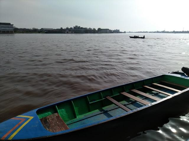 Jalan – Jalan Keliling Kota Pontianak; dari Waterfront City hingga Pasar Tengah