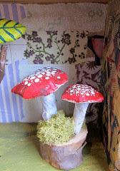 funghi decorativi con cartapesta