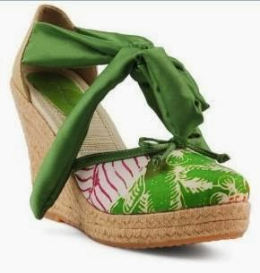 d Arcadia Treasure Wedges Hand-made Batik Green