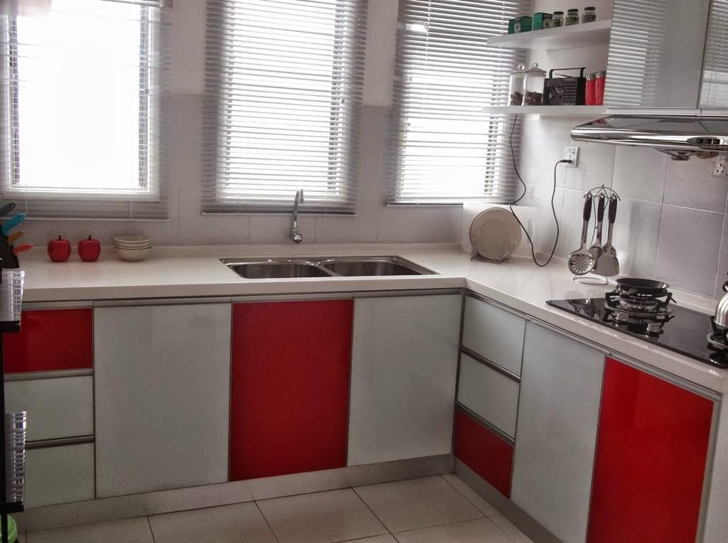 Kalau Rasa Nak Jugak Warna Merah Putih Macam Ni Nampak Lagi Sesuia Dengan Dapur Rumah Aku Nanti Kot Luas Sesuai La Untuk Kecik