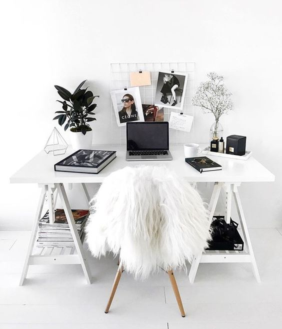 Home Style : Cozy Working Place