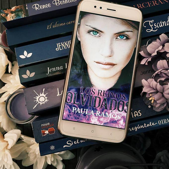 Foto del libro Los reinos olvidados de la autora Paula Ramos