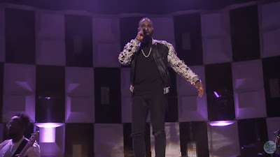 "Jason Derulo Performs ""Swalla"" On Tonight Show"