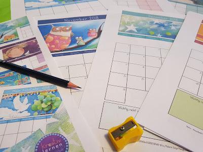 Notiere wichitge Ereignisse, Geburtstage, Klassenarbeiten und Erlebnisse der Schüler in dem farbenfrohen Kalender mit Illustrationen von Sonja Mengkowski