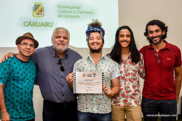 """Filme """"Paixão"""" de Túlio Beat vence Concurso de Vídeos Cine Mão"""