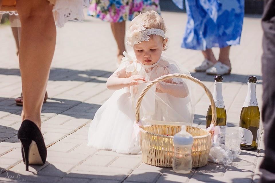 Krikštynų fotosesija. Mergaitė
