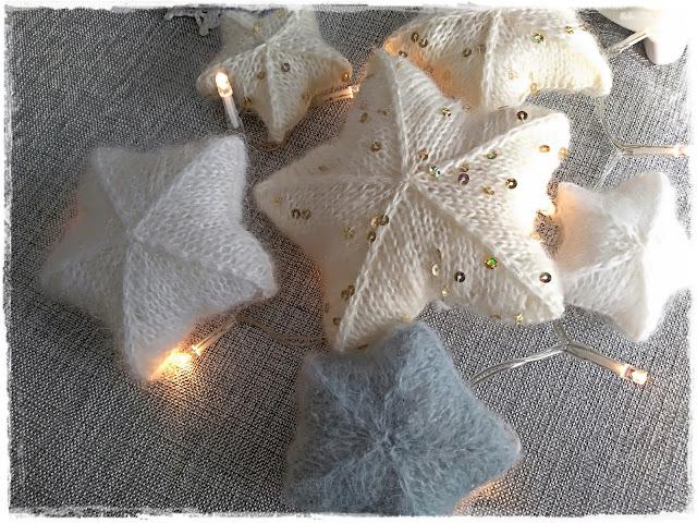 Gwiazdki na drutach.