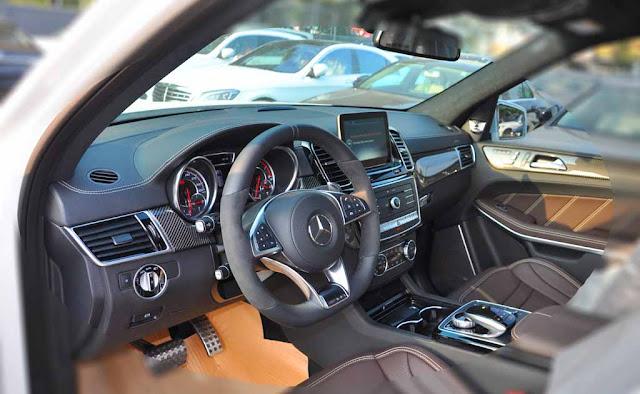 Nội thất Mercedes AMG GLS 63 4MATIC 2017 được thiết kế sang trọng và đẳng cấp