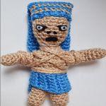 http://mipequenomundorosa.blogspot.mx/2015/07/momia-egipcia-patron-de-crochet.html