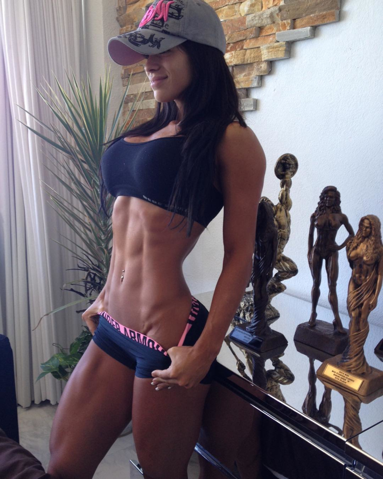 michelle lewin fitness model