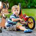 Crianças na bicicleta