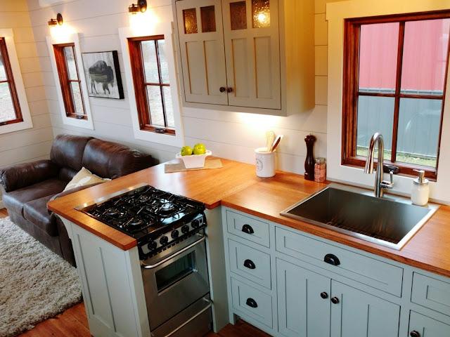 Luxury Farmhouse By Timbercraft
