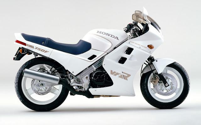 Honda VFR 750F Japanese modern classic sports motorbike