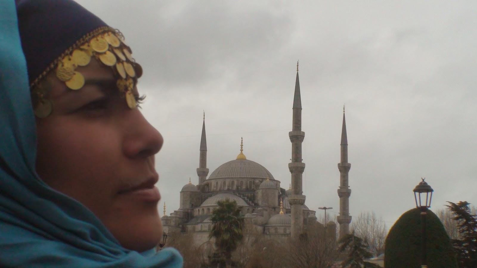 Liseth Fattorello y la Mezquita Azul