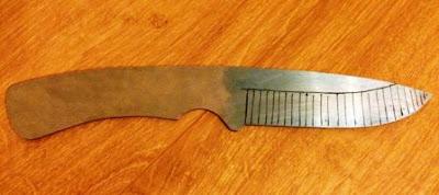 cara membuat pisau dari plat besi
