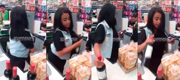 Captan a mujer robando 4 botellas de vino en un Aurrera (VIDEO)