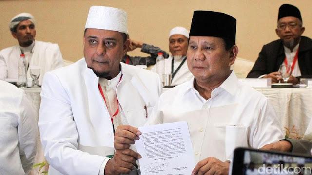 Teken Pakta Integritas, Prabowo Janji Pulangkan Habib Rizieq