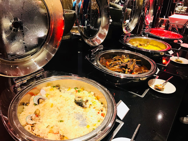 Spice Cafe's Harvest of the Sea Buffet Dinner