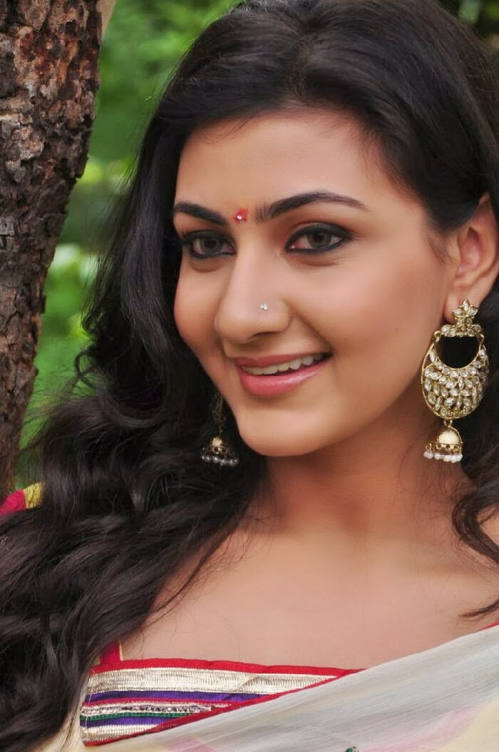 Neelam upadhyay in saree photos at tamasha movie launch function