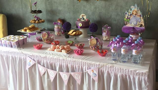 table gourmande pour un joli anniversaire