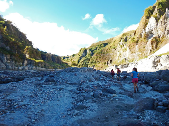 Mount Pinatubo Day Trip from Manila!