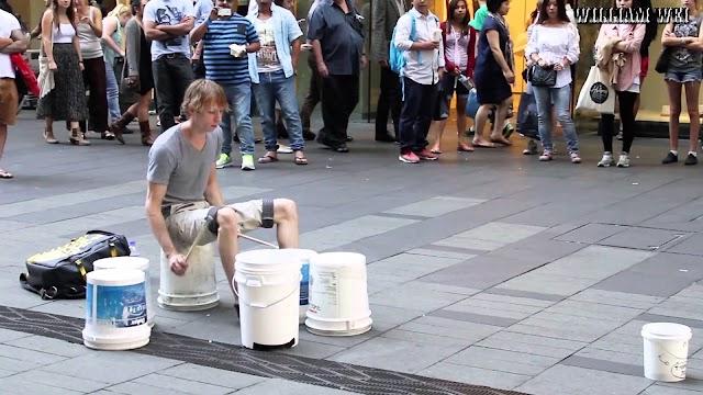Street Drummer -Video