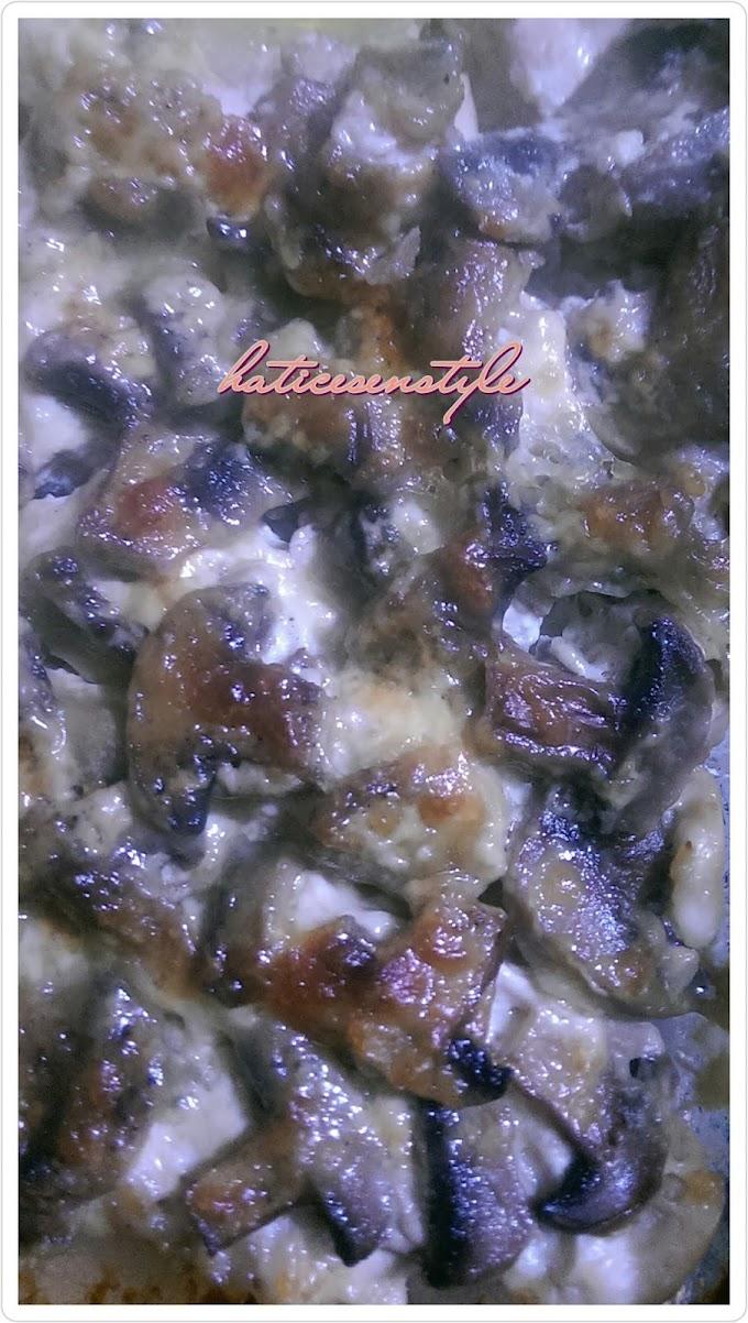 Fırında Kremalı Mantarlı Tavuk